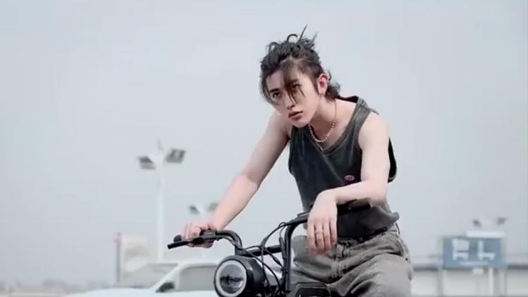 �ʳ������ڡ�����(cai)����(kun)Ӳ�h����(xing)����(xiang)����������(nan)��ζʮ��